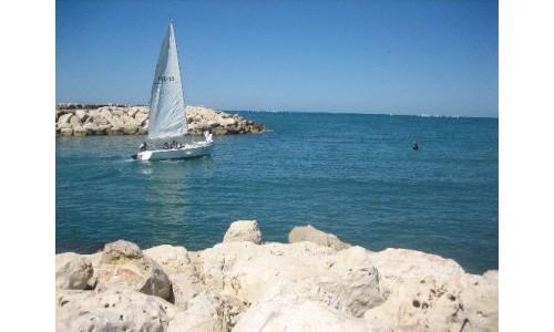А вы знаете, что Израиль располагается по берегам целых четырех морей?